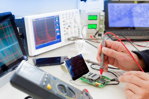 Physicist or Electronics Engineer